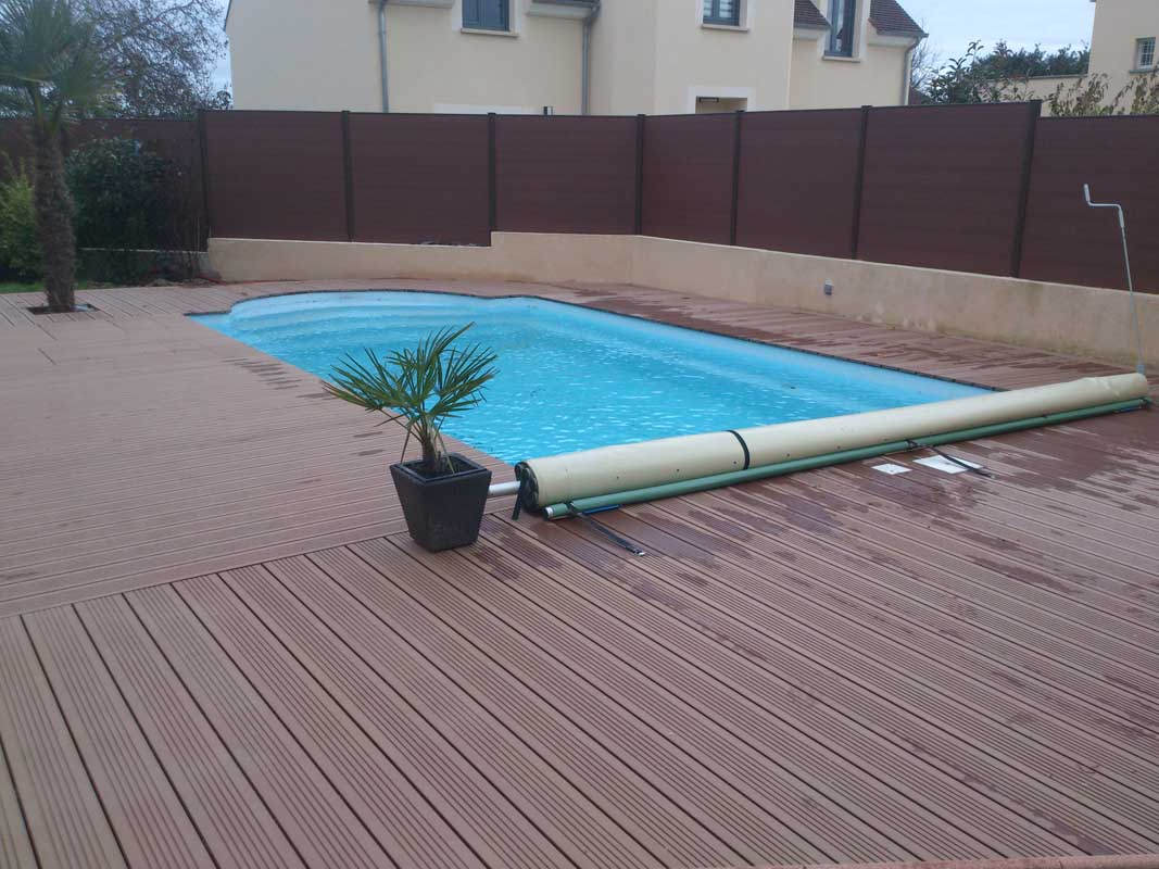 terrasse piscine bois fabulous plage de piscine bois angers with terrasse piscine bois latest. Black Bedroom Furniture Sets. Home Design Ideas