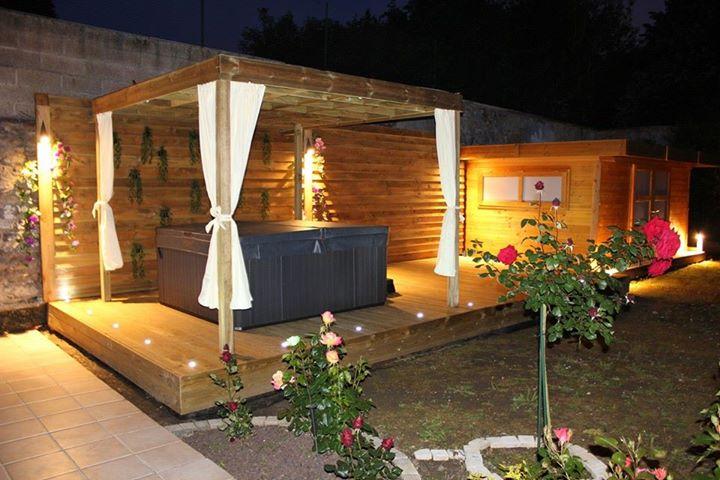 Espace d tente artibois91 for Jacuzzi de jardin