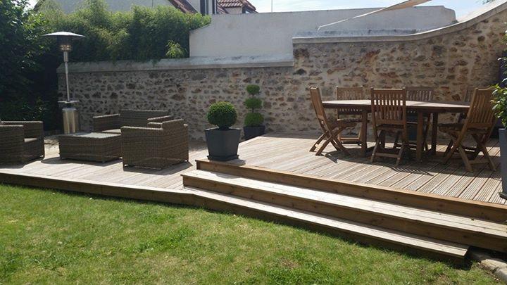 Terrasse en pin sur 2 niveaux artibois91 for Amenagement jardin avec terrasse bois